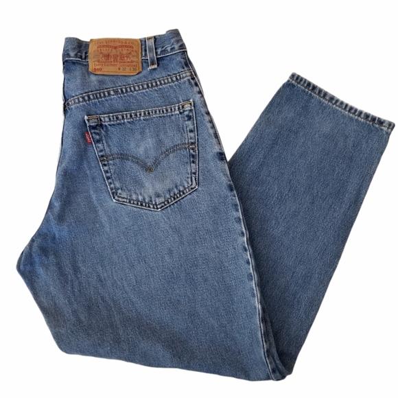 LEVI'S 560 Men's Size 32x30 Loose Fit Jeans